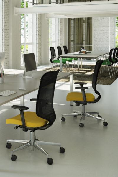 Ergonomske-stolice-za-kancelariju-serija-240-3-600x800